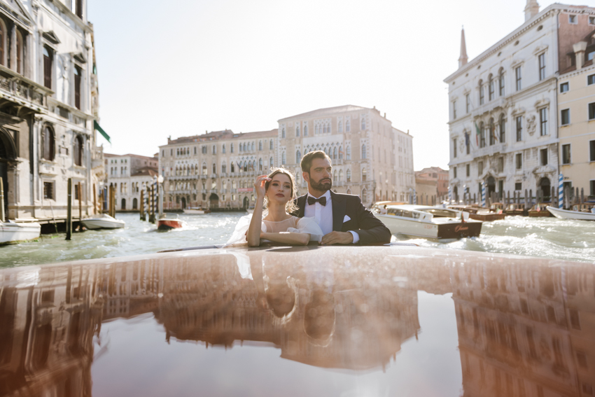 luxury boat a venezia wedding